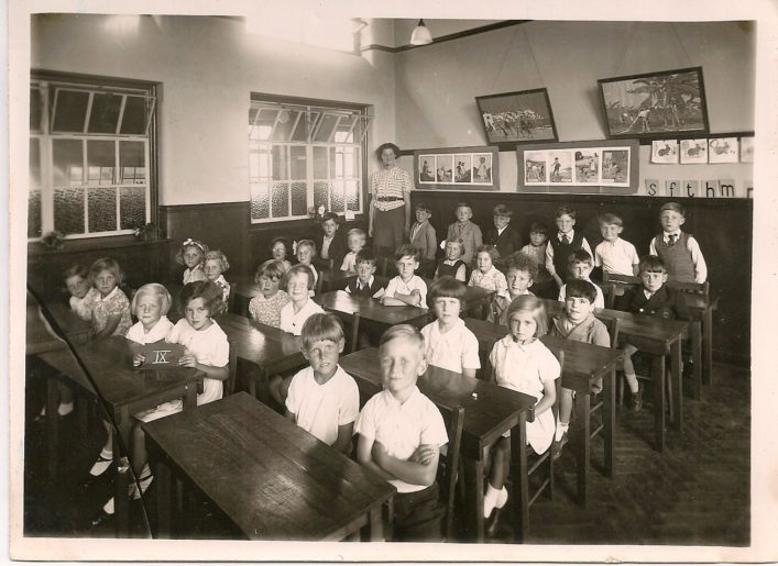 This photo belongs to Irene Chapman (nee Phillips).  Class 9, c1937/8.  The teacher possibly is Miss Todd.