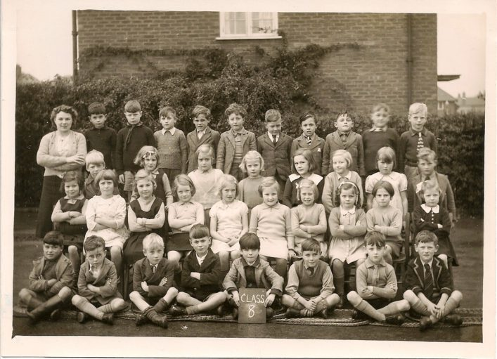 Another of Irene Chapman's (nee Phillips) photographs.  Class 8, 1939 the teacher was Miss Ferris.