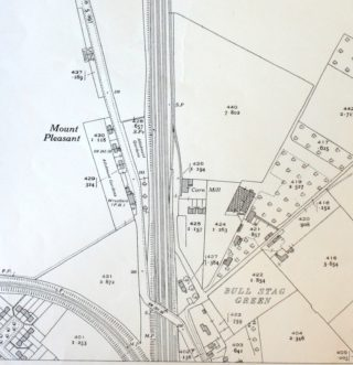 Detail of 1937 OS Map XXXV.3 showing the bridge across the railway, The Wrestler's Public House can be seen | Hertfordshire Archives and Local Studies