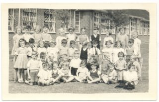 Photo 2: Class 1 (1951) | Green Lanes School photographer