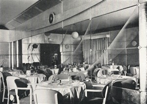 Interior of the Comet Hotel in 1937 | Hertfordshire Archives and Local Studies