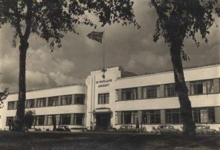 De Havilland's main headquarters, c1950 | Hertfordshire Archives and Local Studies