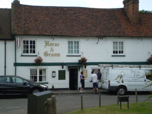 26) Turning back into Park Street immediately opposite is the Horse and Groom P H. which stands at the end of the old Arm and Sword yard. | Jean Cross