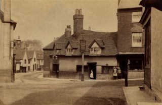 The Eight Bells, c1900 | Hertfordshire Archives & Local Studies