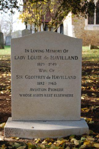 Lady Louie de Havilland's grave in Tewin Churchyard | Susan Hall