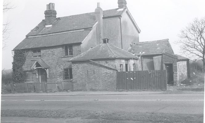 Taken at junction of the Great North Road and Mount Pleasant Lane (1960s). The toll house was empty then.